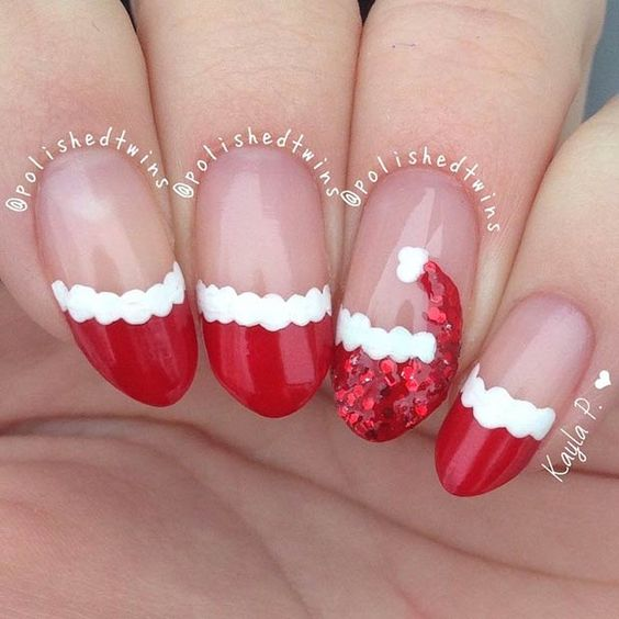 50+ Easy and Eye-catching Christmas Nail Designs; red nails; Christmas short nails; Christmas coffin nails; Christmas acrylic nails; Christmas almond nails.